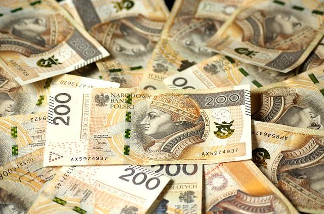 Pieniądze 200 zł